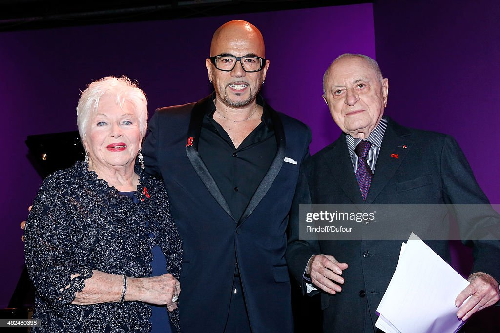 Line Renaud Pascal Obispo and Pierre Berge attend the Sidaction Gala Dinner 2015 at Pavillon d'Armenonville on January 29 2015 in Paris France