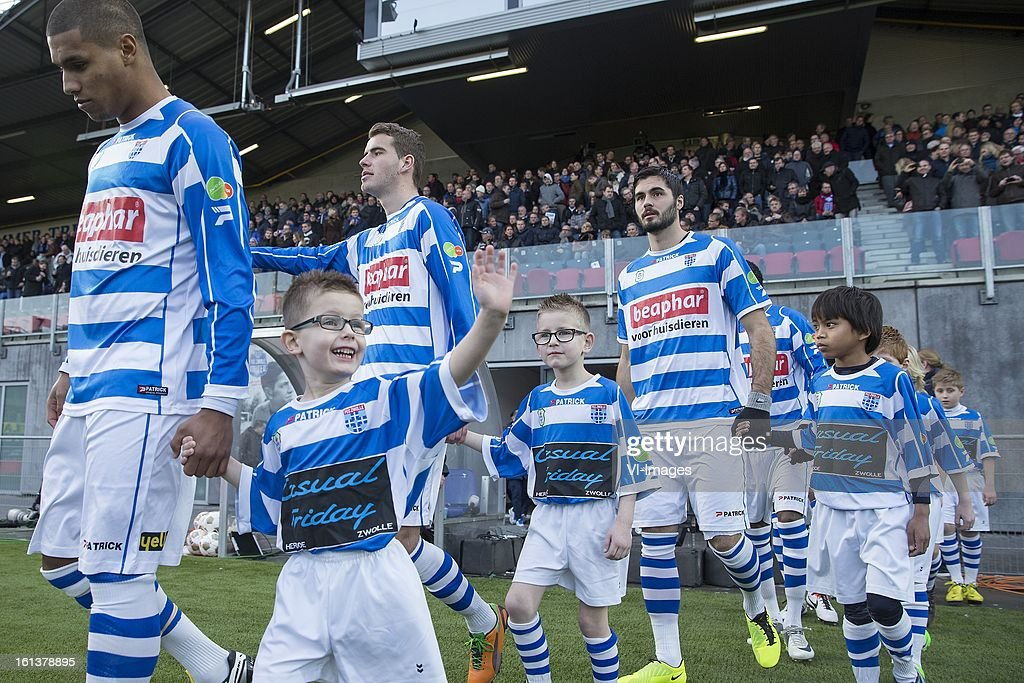 line up during the Dutch Eredivisie match between PEC Zwolle and FC Twente at the IJsseldelta Stadium on february 10, 2013 in Zwolle, The Netherlands