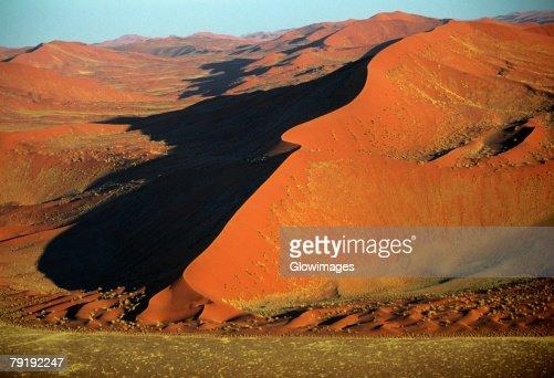 Linear dune in the Namib Desert, Namibia : Stock Photo