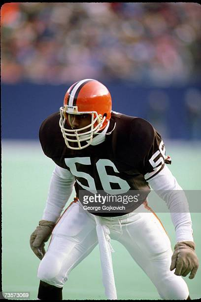 Linebacker Chip Banks of the Cleveland Browns in action against the New York Jets at Giants Stadium on December 22 1985 in East Rutherford New Jersey