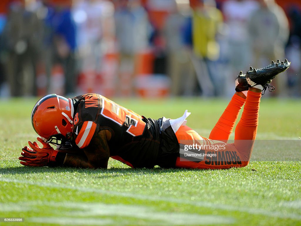 Linebacker Christian Kirksey #58 of the Cleveland Browns reacts to dropping a potential interception during a game against the New York Giants on November 27, 2016 at FirstEnergy Stadium in Cleveland, Ohio. New York won 27-13.