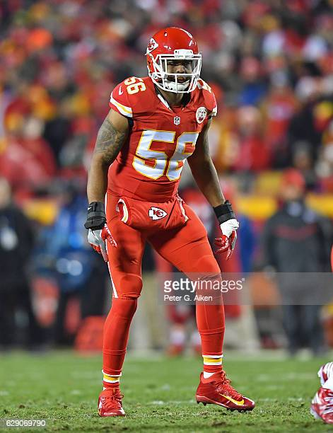 Linebacker Derrick Johnson of the Kansas City Chiefs gets set on defense against the Oakland Raiders during the first half on December 8 2016 at...