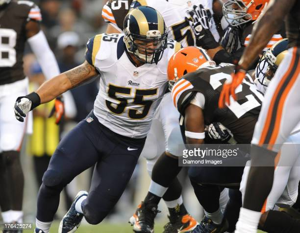 Linebacker James Laurinaitis of the St Louis Rams sprints to tackle running back Brandon Jackson of the Cleveland Browns during a game against the...