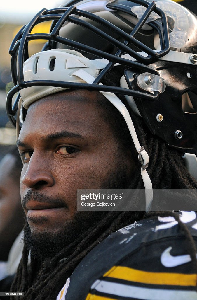 Linebacker <a gi-track='captionPersonalityLinkClicked' href=/galleries/search?phrase=Jarvis+Jones&family=editorial&specificpeople=6236463 ng-click='$event.stopPropagation()'>Jarvis Jones</a> #95 of the Pittsburgh Steelers looks on from the sideline during a game against the Kansas City Chiefs at Heinz Field on December 21, 2014 in Pittsburgh, Pennsylvania. The Steelers defeated the Chiefs 20-12.