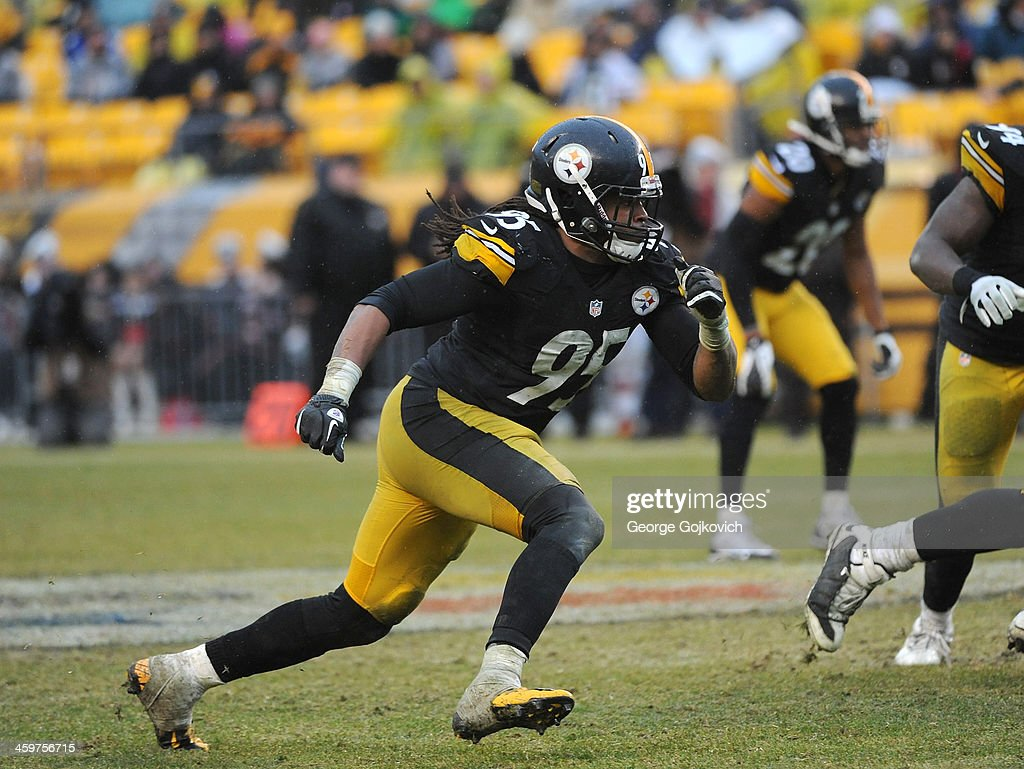 Linebacker <a gi-track='captionPersonalityLinkClicked' href=/galleries/search?phrase=Jarvis+Jones&family=editorial&specificpeople=6236463 ng-click='$event.stopPropagation()'>Jarvis Jones</a> #95 of the Pittsburgh Steelers pursues the play during a game against the Cleveland Browns at Heinz Field on December 29, 2013 in Pittsburgh, Pennsylvania. The Steelers defeated the Browns 20-7.