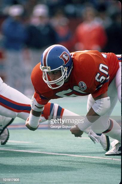 Linebacker Jim Ryan of the Denver Broncos pursues the play during a game against the Buffalo Bills at Rich Stadium on October 21 1984 in Orchard Park...