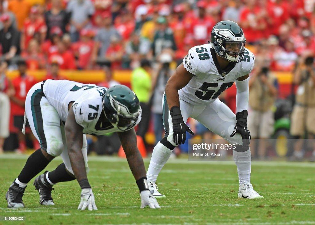 Linebacker Jordan Hicks #58 of the Philadelphia Eagles gets set on defense against the Kansas City Chiefs during the second half on September 17, 2017 at Arrowhead Stadium in Kansas City, Missouri.