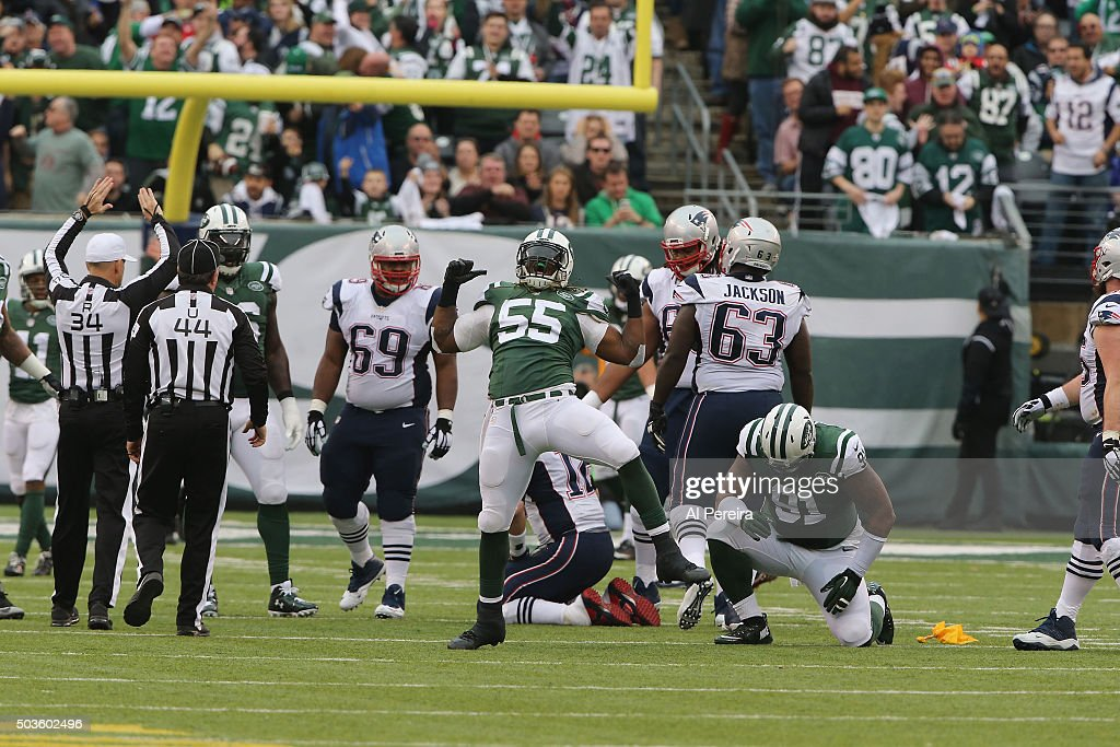Linebacker <a gi-track='captionPersonalityLinkClicked' href=/galleries/search?phrase=Lorenzo+Mauldin&family=editorial&specificpeople=9855143 ng-click='$event.stopPropagation()'>Lorenzo Mauldin</a> #55 of the New York Jets has a sack of Quarterback <a gi-track='captionPersonalityLinkClicked' href=/galleries/search?phrase=Tom+Brady+-+American+Football+Quarterback&family=editorial&specificpeople=201737 ng-click='$event.stopPropagation()'>Tom Brady</a> #12 of the New England Patriots at MetLife Stadium on December 27, 2015 in East Rutherford, New Jersey.