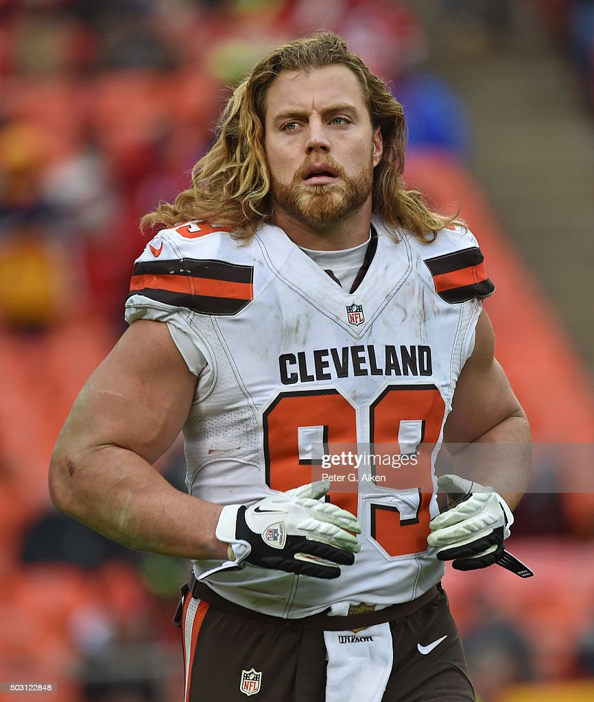 Linebacker <a gi-track='captionPersonalityLinkClicked' href=/galleries/search?phrase=Paul+Kruger+-+American+Football+Player&family=editorial&specificpeople=10177986 ng-click='$event.stopPropagation()'>Paul Kruger</a> of the Cleveland Browns during a game against the Kansas City Chiefs on December 27, 2015 at Arrowhead Stadium in Kansas City, Missouri.