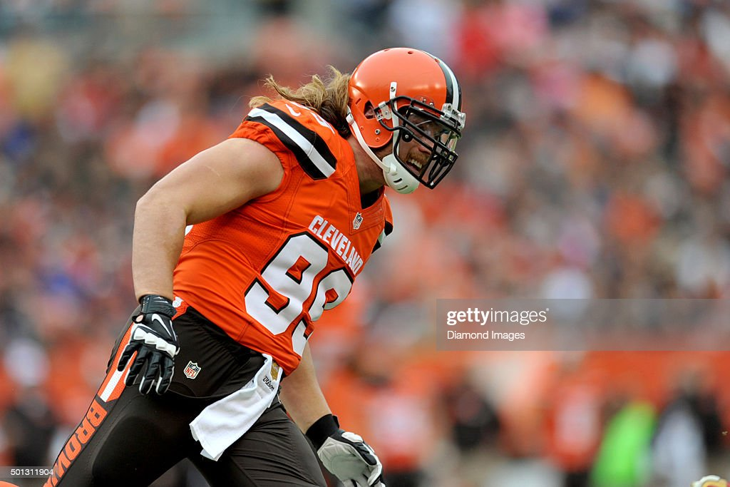 Linebacker <a gi-track='captionPersonalityLinkClicked' href=/galleries/search?phrase=Paul+Kruger+-+American+Football+Player&family=editorial&specificpeople=10177986 ng-click='$event.stopPropagation()'>Paul Kruger</a> #99 of the Cleveland Browns pursues the ball carrier during a game against the San Francisco 49ers on December 13, 2015 at FirstEnergy Stadium in Cleveland, Ohio. Cleveland won 24-10.