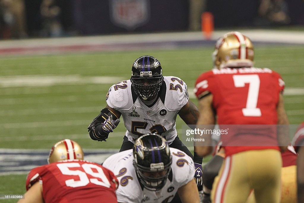Linebacker Ray Lewis #52 of the Baltimore Ravens follows the play against the San Francisco 49ers during Super Bowl XLVII at Mercedes-Benz Superdome on February 3, 2013 in New Orleans, Louisiana.