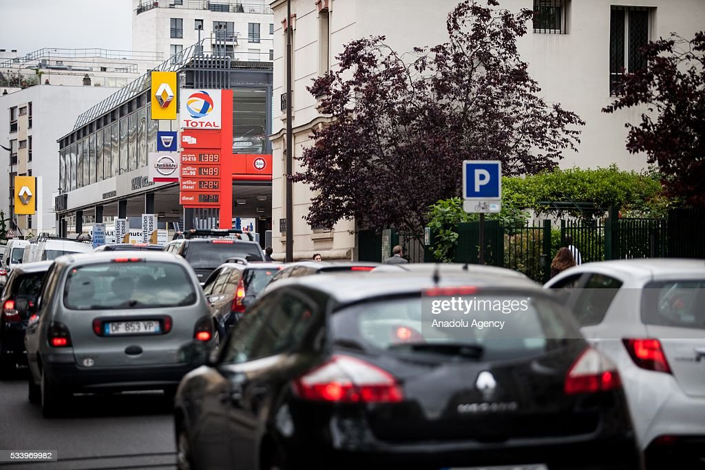 Lines of cars waiting for fuel due to strikes at Paris, France on May 24, 2016. Protesters have disrupted supply lines from oil distribution depots in Normandy over proposed new labor reforms, causing fuel shortages in western France, local media reported Saturday. Some petrol stations in the country were affected after protesters blocked main roads through which oil products get shipped.