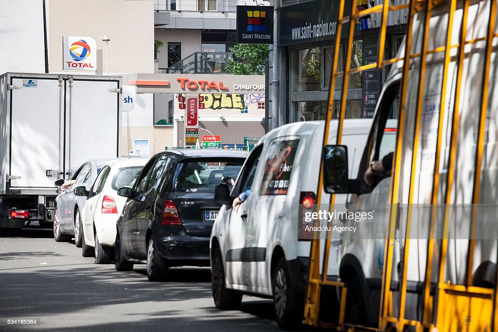 Lines of cars waiting for fuel due to strikes at Paris, France on May 25, 2016. Protesters have disrupted supply lines from oil distribution depots in Normandy over proposed new labor reforms, causing fuel shortages in western France, local media reported Saturday. Some petrol stations in the country were affected after protesters blocked main roads through which oil products get shipped.