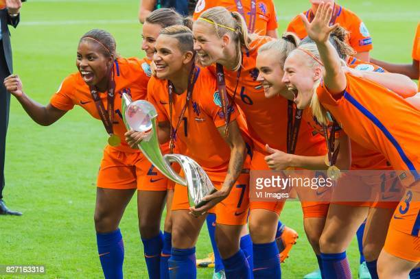 Lineth Beerensteyn of Holland Women Shanice van de Sanden of Holland Women Anouk Dekker of Holland Women Jill Roord of Holland Women Stefanie van der...