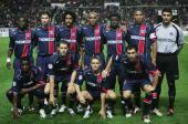 PSG lineup before the UEFA Champions League Group H match between Paris SaintGermain and Chelsea at Parc Des Princes on September 14 2004 in Paris