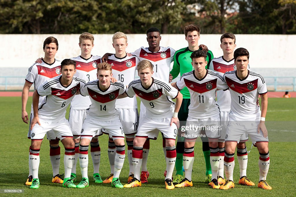 Lineup of Germany with (top) Andriko Smolinski, Jan Boller, Julian Rieckmann, Charles-Jesaja Herrmann, Marian Prinz, Jose-Enrique Rios Alonso (bottom) Sahverdi Cetin, Jan Wellers, Jonathan Burkardt, Nicolas-Gerrit Kuhn and Elias Abouchabaka during the UEFA Under16 match between U16 Germany v U16 Netherlands on February 8, 2016 in Vila Real de Santo Antonio, Portugal. (Photo by Filipe Farinha/Bongarts/Getty Images