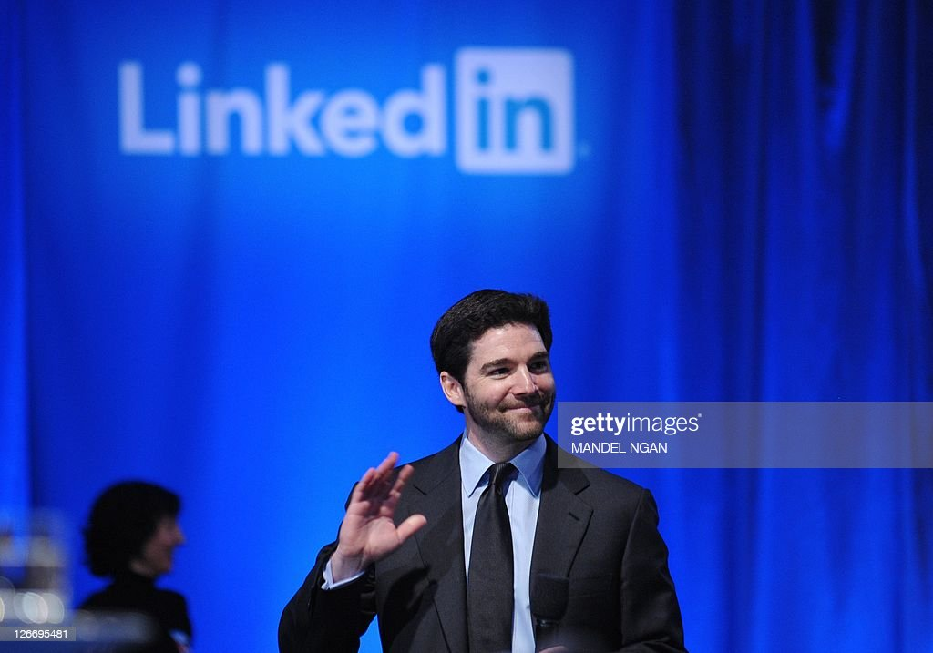 Linkedin CEO Jeff Weiner arrives at the Computer History Museum to host a Linkedin town hall meeting with US President Barack Obama September 26, 2011 in Mountain View, California. AFP PHOTO/Mandel NGAN