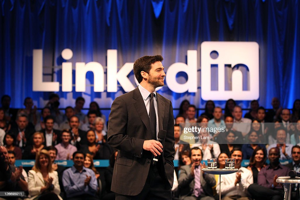 Linkedin CEO Jeff Weiner speaks to the audience prior to a town hall meeting with U.S. President Barack Obama at the Computer History Museum on September 26, 2011 in Mountain View, California. The president used the opportunity to share his view on job creation and the current economy.
