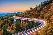 Linn Cove Viaduct, Grandfather Mountain, North Carolina, USA.