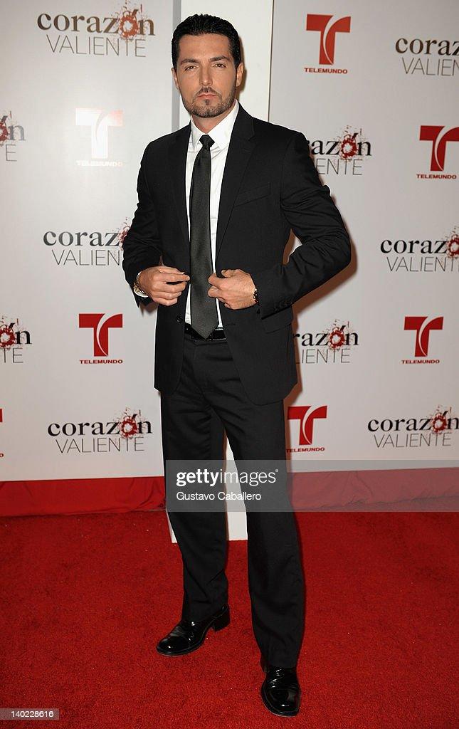 Lino Martone attends Telemundo's Corazon Valiente Red Carpet Premiere at Fontainebleau Miami Beach on February 29, 2012 in Miami Beach, Florida.