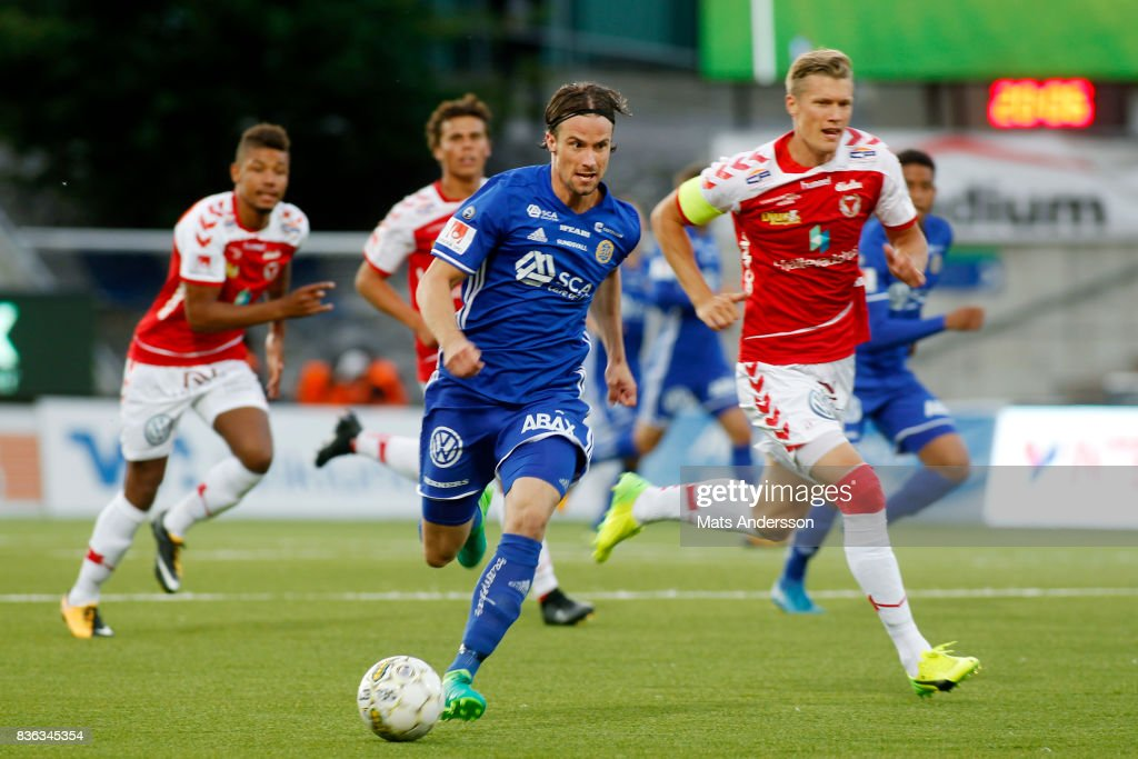 Linus Hallenius of GIF Sundsvall and Viktor Elm of Kalmar FF during the Allsvenskan match between GIF Sundsvall and Kalmar FF at Idrottsparken on August 21, 2017 in Sundsvall, Sweden.
