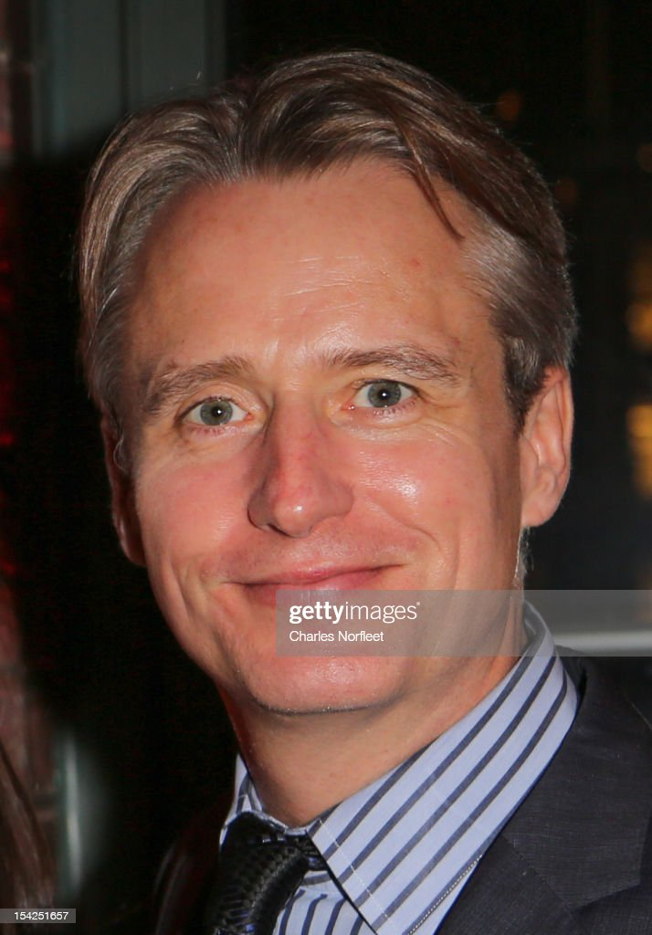 <a gi-track='captionPersonalityLinkClicked' href=/galleries/search?phrase=Linus+Roache&family=editorial&specificpeople=592126 ng-click='$event.stopPropagation()'>Linus Roache</a> attends 12th Biennial Juliet Hollister Awards Gala at Tribeca Rooftop on October 16, 2012 in New York City.
