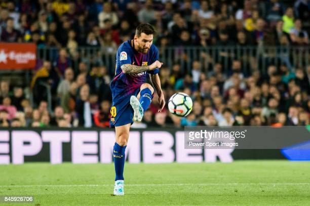 Lionel Andres Messi of FC Barcelona in action during the La Liga match between FC Barcelona vs RCD Espanyol at the Camp Nou on 09 September 2017 in...