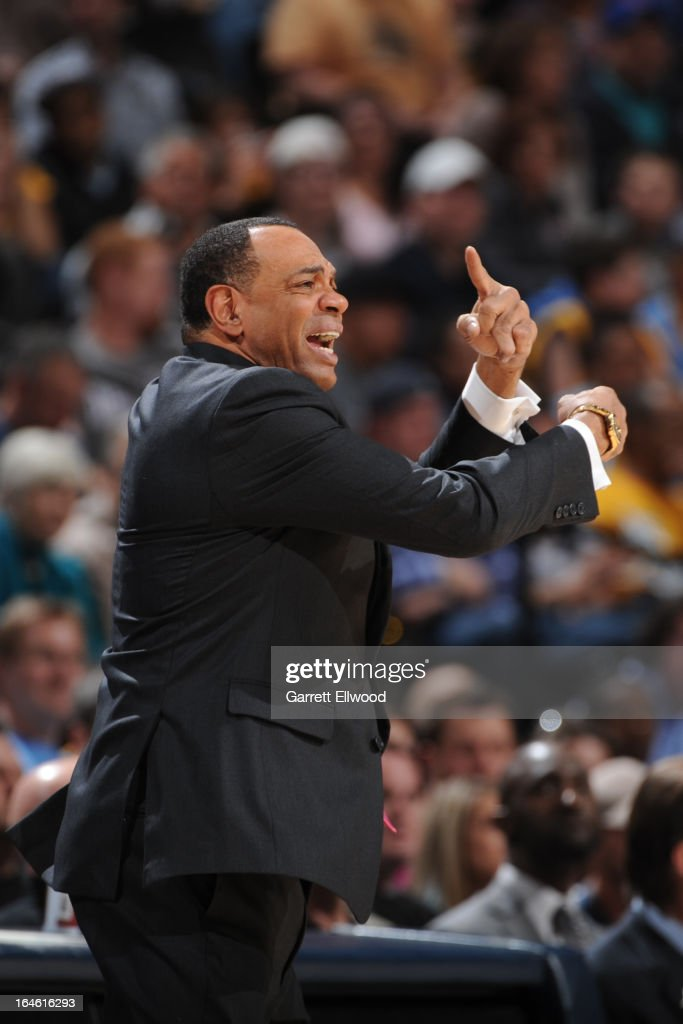 <a gi-track='captionPersonalityLinkClicked' href=/galleries/search?phrase=Lionel+Hollins&family=editorial&specificpeople=228995 ng-click='$event.stopPropagation()'>Lionel Hollins</a> of the Memphis Grizzlies calls plays from the bench during the game against the Denver Nuggets on March 15, 2013 at the Pepsi Center in Denver, Colorado.
