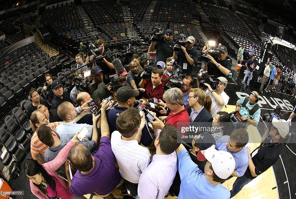 <a gi-track='captionPersonalityLinkClicked' href=/galleries/search?phrase=Lionel+Hollins&family=editorial&specificpeople=228995 ng-click='$event.stopPropagation()'>Lionel Hollins</a> of the Memphis Grizzlies speaks with the media at team practice during the Western Conference Finals during the 2013 NBA Playoffs on May 20, 2013 at the AT&T Center in San Antonio, Texas.