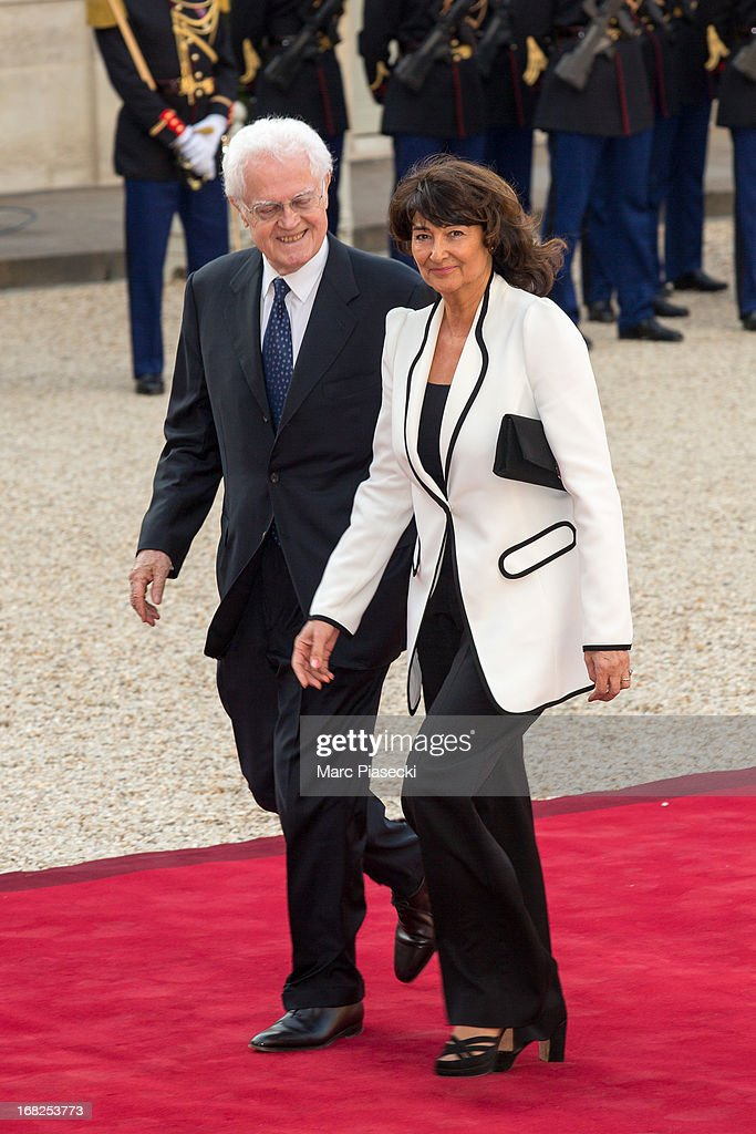 <a gi-track='captionPersonalityLinkClicked' href=/galleries/search?phrase=Lionel+Jospin&family=editorial&specificpeople=210565 ng-click='$event.stopPropagation()'>Lionel Jospin</a> and his wife Sylviane Agacinski arrive to attend a state dinner at Palace Elysee on May 7, 2013 in Paris, France.