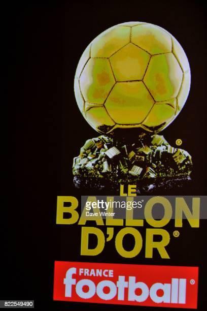 Lionel MESSI Remise du Ballon d'Or 2009 au Siege de TF1 Paris