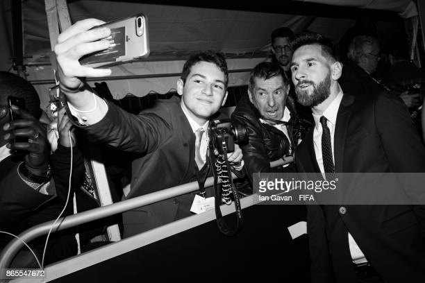 Lionel Messi arrives on the green carpet for The Best FIFA Football Awards at The London Palladium on October 23 2017 in London England