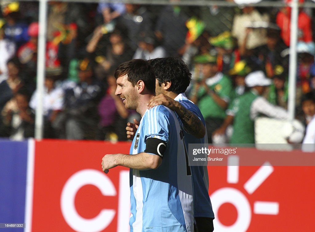 Lionel Messi (#10) of Argentina celebrates the goal of Eber Banega during a match between Bolivia and Argentina as part of the 12th round of the South American Qualifiers for the FIFA World Cup Brazil 2014 at the Hernando Siles Stadium on March 26, 2013 in La Paz, Bolivia.
