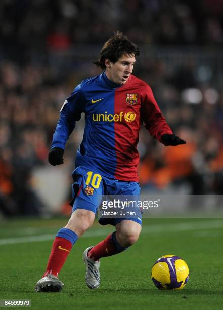 Lionel Messi of Barcelona controls the ball during the Copa del Rey quarter final second leg match between Barcelona and Espanyol at the Camp Nou...