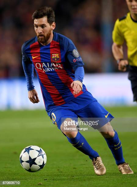 Lionel Messi of Barcelona controls the ball during the UEFA Champions League Quarter Final second leg match between FC Barcelona and Juventus at Camp...