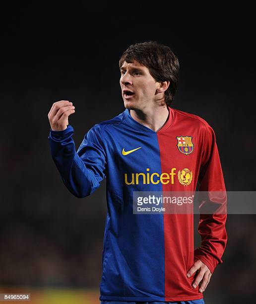 Lionel Messi of Barcelona gestures to the linesman during the La Liga match between Barcelona and Espanyol at the Camp Nou stadium on February 21...