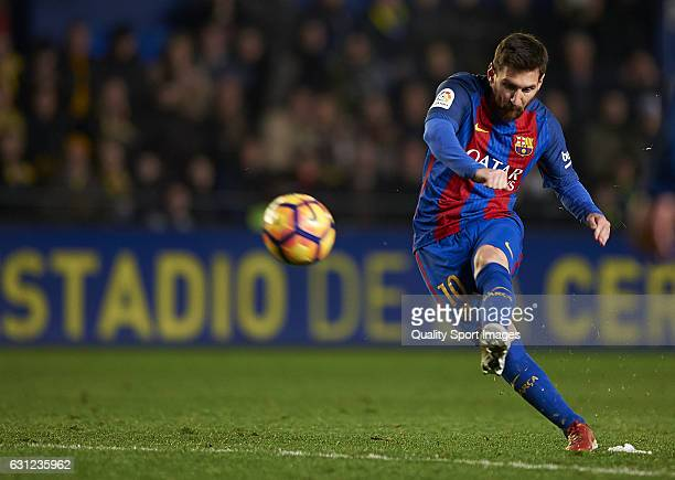 Lionel Messi of Barcelona in action during the La Liga match between Villarreal CF and FC Barcelona at Estadio de la Ceramica on January 08 2017 in...
