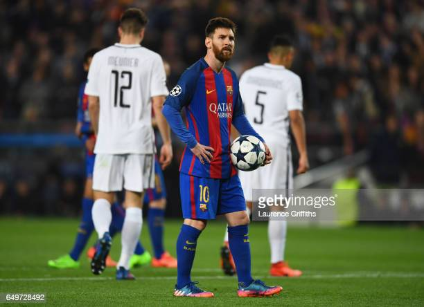 Lionel Messi of Barcelona prepares to take a penalty during the UEFA Champions League Round of 16 second leg match between FC Barcelona and Paris...