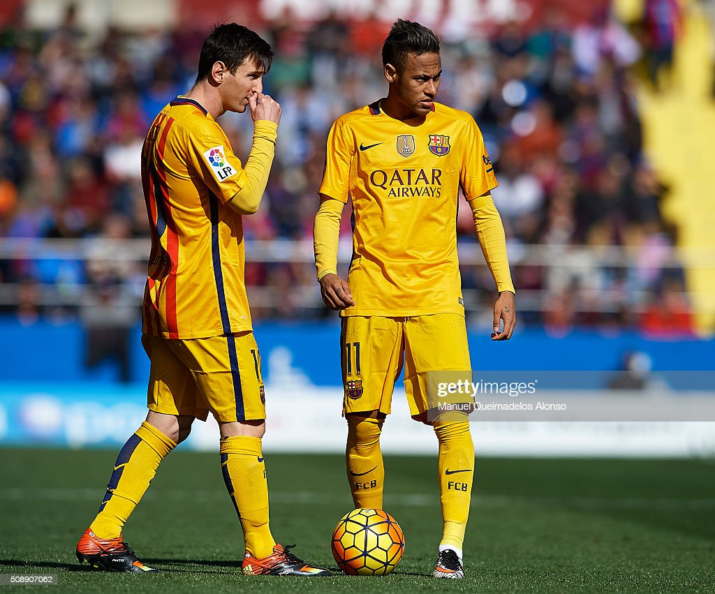 <a gi-track='captionPersonalityLinkClicked' href=/galleries/search?phrase=Lionel+Messi&family=editorial&specificpeople=453305 ng-click='$event.stopPropagation()'>Lionel Messi</a> of Barcelona talks with team mate Neymar JR (R) during the La Liga match between Levante UD and FC Barcelona at Ciutat de Valencia on February 07, 2016 in Valencia, Spain.