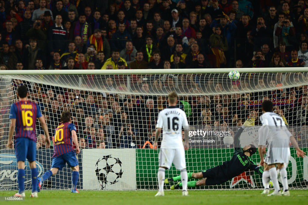 Lionel Messi of Barcelona's penalty hits the cross bar during the UEFA Champions League Semi Final, second leg match between FC Barcelona and Chelsea FC at Camp Nou on April 24, 2012 in Barcelona, Spain.
