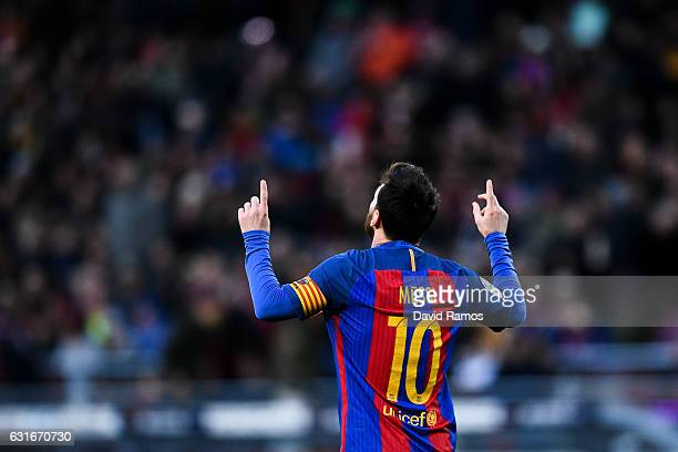 Lionel Messi of FC Barcelona celebrates after scoring his team's second goal during the La Liga match between FC Barcelona and UD Las Palmas at Camp...