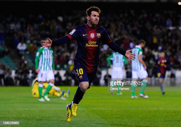 Lionel Messi of FC Barcelona celebrates after scoring the opening goal during the La Liga match between Real Betis Balompie and FC Barcelona at...