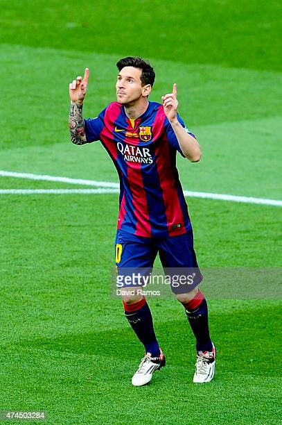 Lionel Messi of FC Barcelona celebrates after scoring the opening goal during the La Liga match between FC Barcelona and RC Deportivo de la Coruna at...