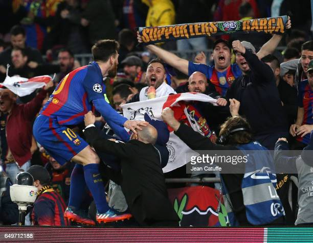 Lionel Messi of FC Barcelona celebrates the winning goal with the supporters during the UEFA Champions League Round of 16 second leg match between FC...