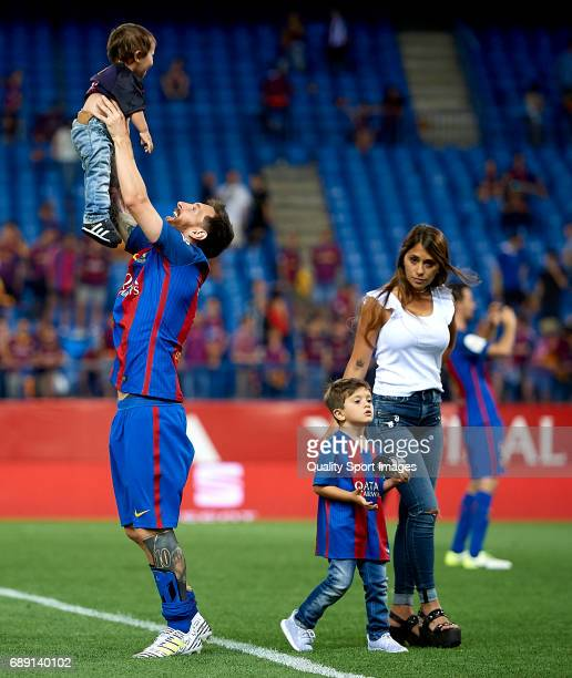 Lionel Messi of FC Barcelona celebrates with his wife Antonella Roccuzzo and childrens after winning the Copa Del Rey Final match between FC...