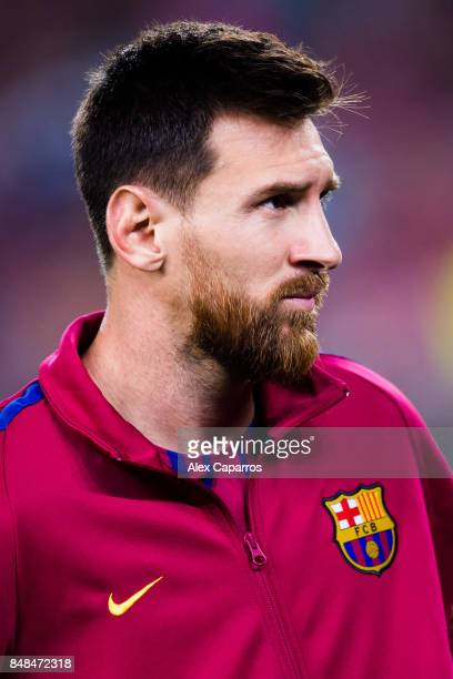 Lionel Messi of FC Barcelona looks on before the UEFA Champions League group D match between FC Barcelona and Juventus at Camp Nou on September 12...