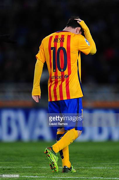 Lionel Messi of FC Barcelona looks on dejected during the La Liga match between Real Sociedad de Futbol and FC Barcelona at Estadio Anoeta on April 9...