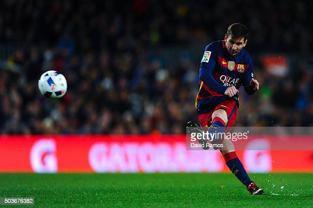Lionel Messi of FC Barcelona takes a free kick during the Copa del Rey Round of 16 first leg match between FC Barcelona and RCD Espanyol at Camp Nou...