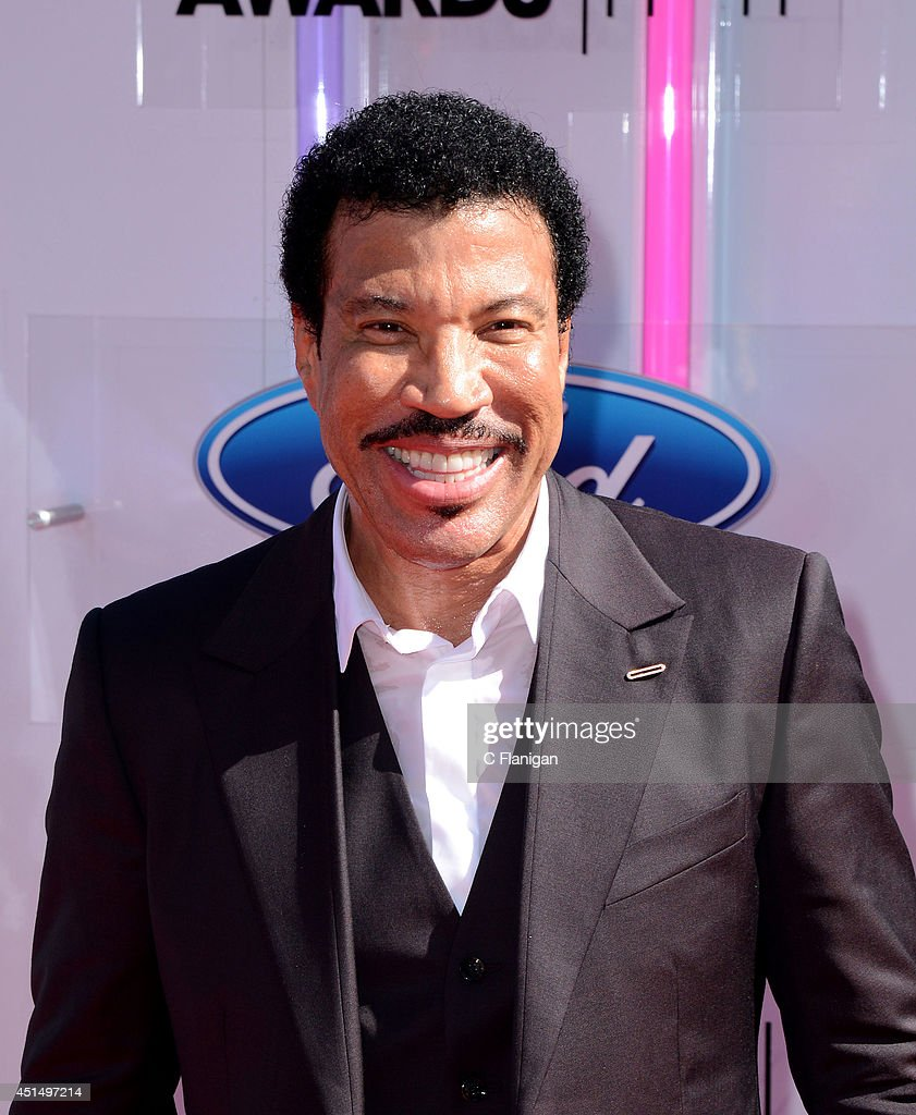 Lionel Richie arrives to the 2014 'BET AWARDS' at Nokia Plaza L.A. LIVE on June 29, 2014 in Los Angeles, California.