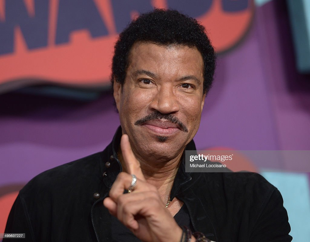 <a gi-track='captionPersonalityLinkClicked' href=/galleries/search?phrase=Lionel+Richie&family=editorial&specificpeople=204139 ng-click='$event.stopPropagation()'>Lionel Richie</a> attends the 2014 CMT Music awards at the Bridgestone Arena on June 4, 2014 in Nashville, Tennessee.